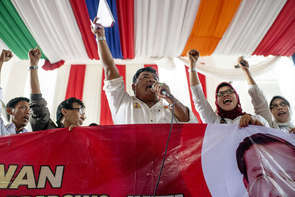 Doctors have mobilized and show their support  for Prabowo.