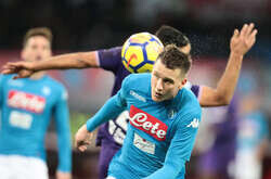 Napoli's Polish midfielder Piotr Zielinski heads the ball during the Italian Serie A football match SSC Napoli vs Fiorentina ACF at the San Paolo Stadium. The final result was 0-0.